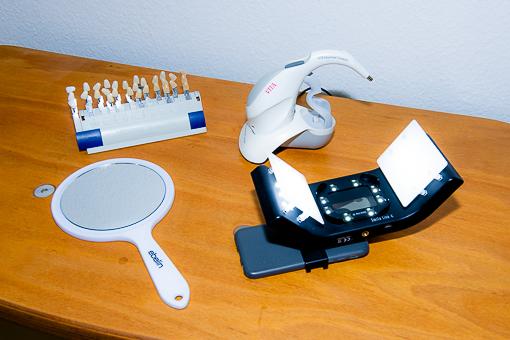 Farbnahme Buettner Dentaltechnik